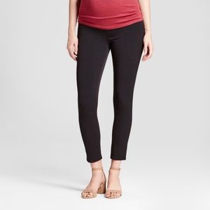 Maternity pants 👖
